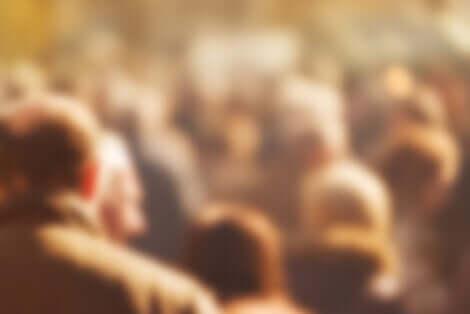 Generationentheorie - verschwommene Menschenmenge