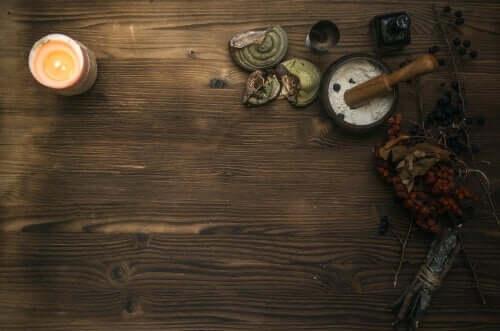 Mythos von Medea - Tisch einer Zauberin