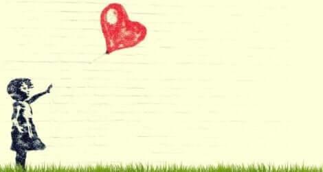 Warum Eltern ihre Kinder verlassen - Mädchen mit einem Herzballon