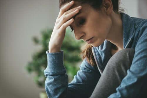 Co-Abhängigkeit - besorgte Frau