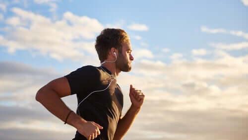 Musik und körperliche Betätigung: Wie füreinander geschaffen