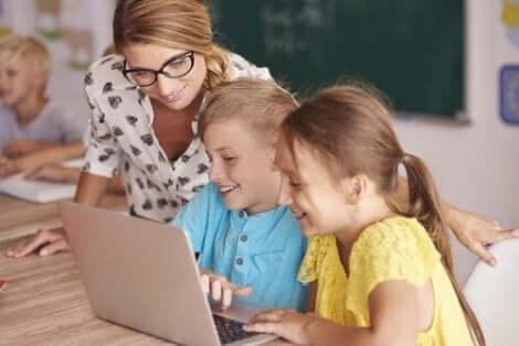 Neue Technologien führen zu neuen Lernmodellen und interaktiveren Klassen