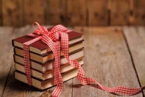 Wenn du jemanden liebst, dann schenke diesem Menschen ein Buch