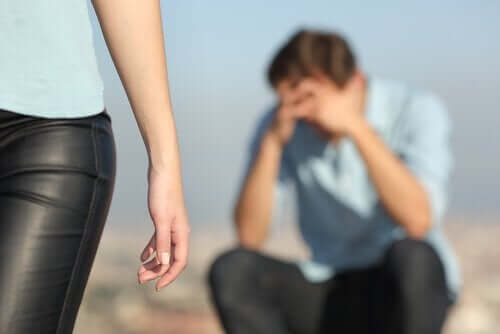 nach einer Trennung - Paar trennt sich