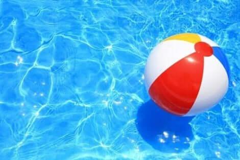 Mit der Wasserball-Metapher können wir unsere Gefühle regulieren