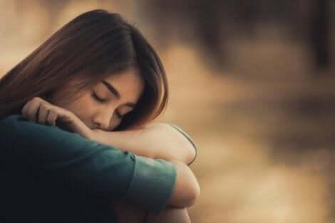 Sich allein zu fühlen ist eine unangenehmes Gefühl