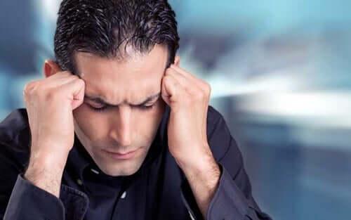 Der molekulare Fußabdruck von Stress - gestresster Mann