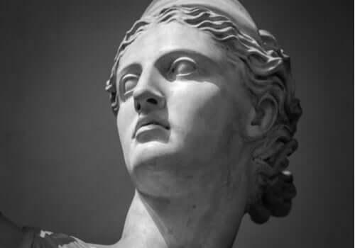 Mythos von Artemis - Büste
