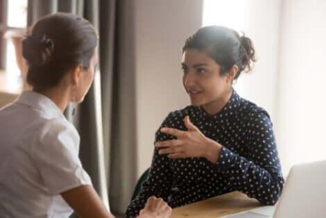 Psychologische Wahrheiten - zwei Frauen im Gespräch