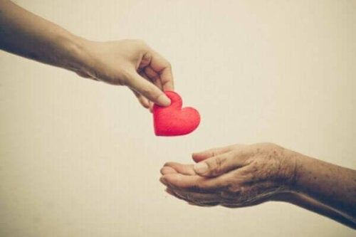 Prosoziales Verhalten: Hilfst du anderen aufgrund von Empathie oder aus Angst?