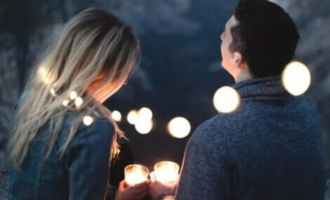 Liebe und Verantwortung - Paar im Kerzenlicht