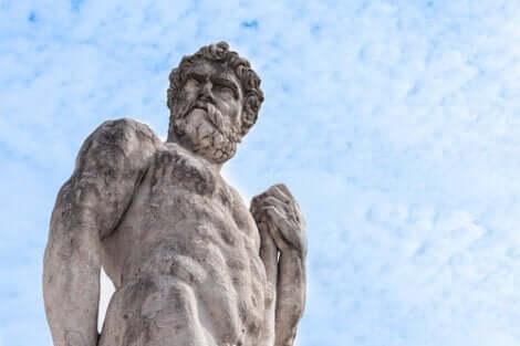 Mythos von Hera - Herkules-Statue