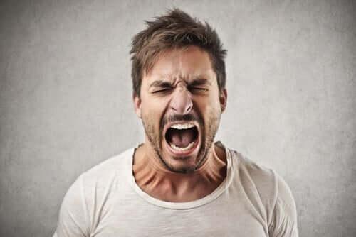 Schreien als Ausdrucksmittel - schreiender Mann