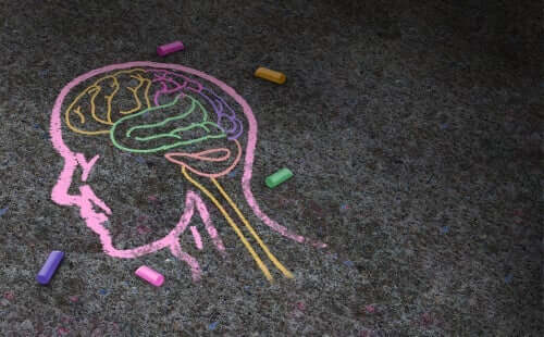 Kunstpsychologie - Kopf mit Kreide gemalt