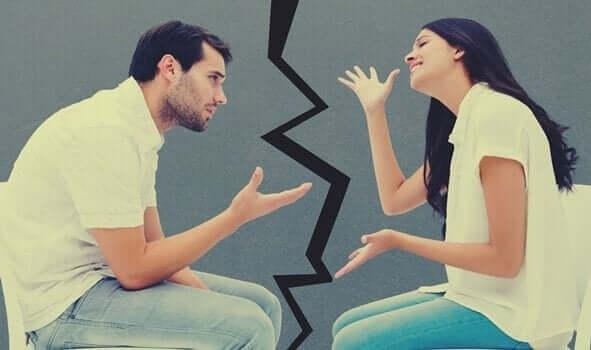 mit deinem Partner - streitendes Paar