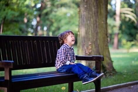 Verzogene Kinder - weinender Junge