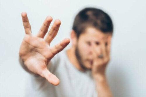 Die Zwei-Faktoren-Theorie nach Mowrer: So funktionieren unsere Ängste