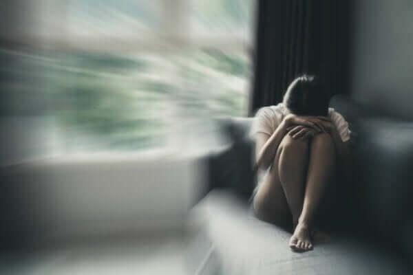 Wirksame Behandlungen für Depressionen - Frau