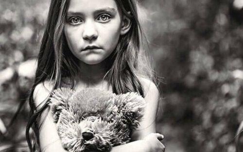 Vergessene Kinder: Vernachlässigt und links liegen gelassen