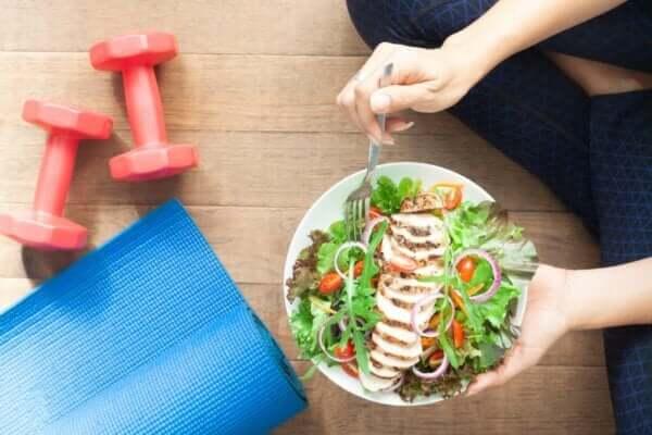Merkmale und Definition von guter Lebensqualität - gesunde Ernährung und Sport