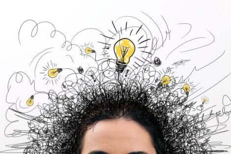 Rasende Gedanken - Gehirn mit Glühbirnen