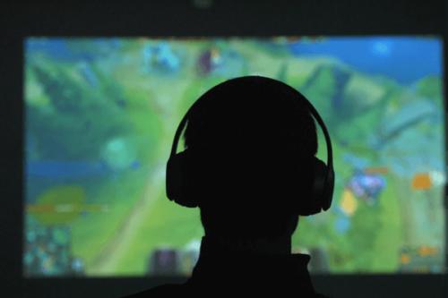 Computerspiele treiben Adrenalin, Cortisol und Dopamin in die Höhe