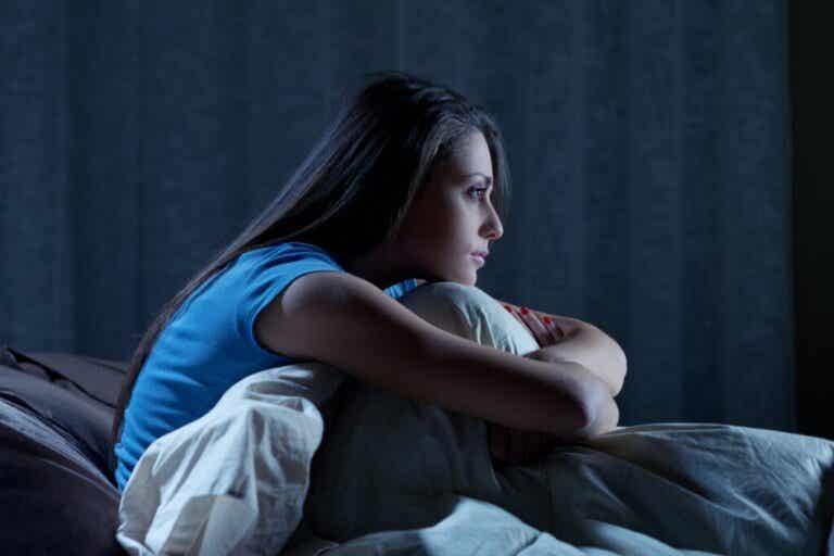 Du kannst trotz Müdigkeit nicht schlafen?