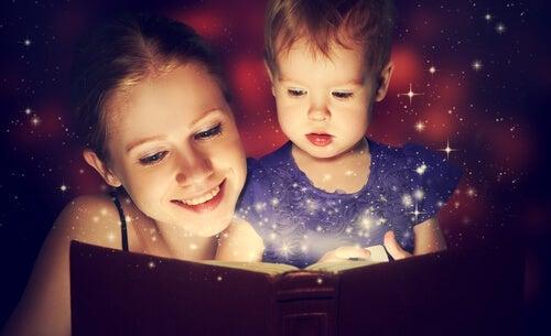 Geschichtenerzählen hat für Kinder viele Vorteile