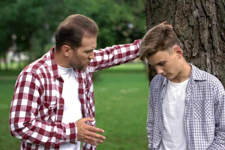 Das Leben mit narzisstischen Eltern: Konsequenzen im Erwachsenenalter