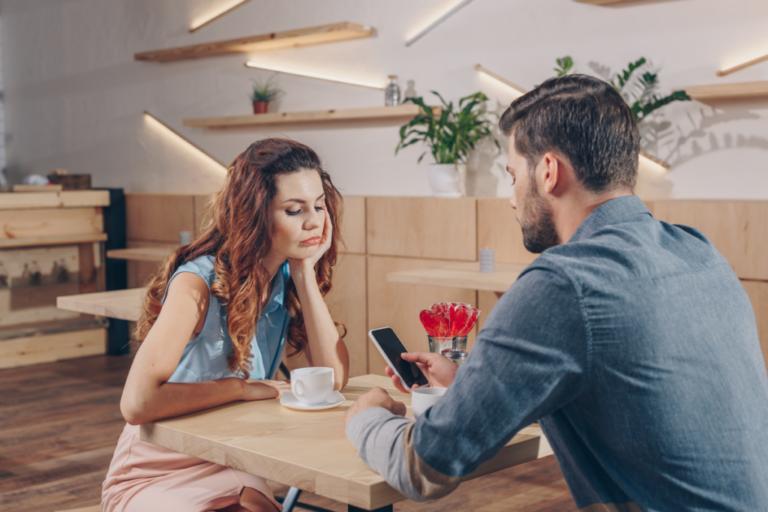 Wenn das Smartphone wichtiger als die Beziehung ist...