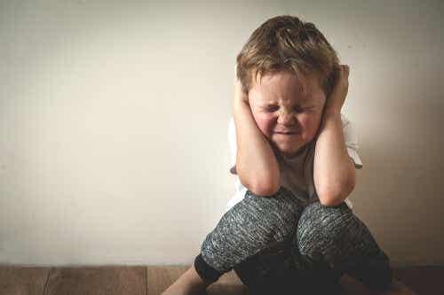 Gewalttätige Eltern richten lebenslangen Schaden an